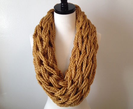 Download Arm knit cowl - Knitting Patterns immediately at Makerist