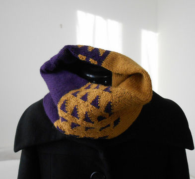 Download Leyla's cowl - Knitting Patterns immediately at Makerist
