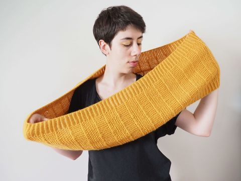Download Poios Cowl - Knitting - Knitting Patterns immediately at Makerist