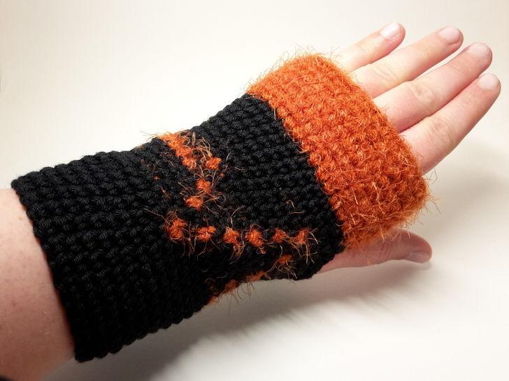 "Armstulpen ""Leben"" im Tapestry Style – Häkelanleitung - Häkelanleitungen bei Makerist sofort runterladen"