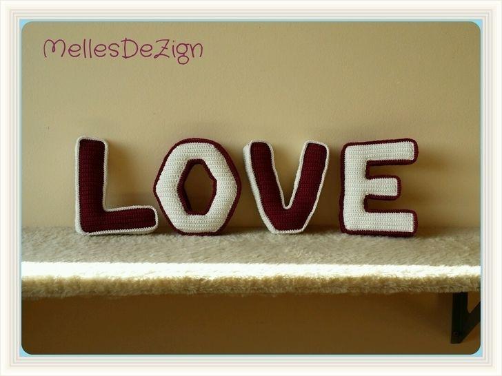Häkelanleitung 3D Buchstaben LOVE - Häkelanleitungen bei Makerist sofort runterladen
