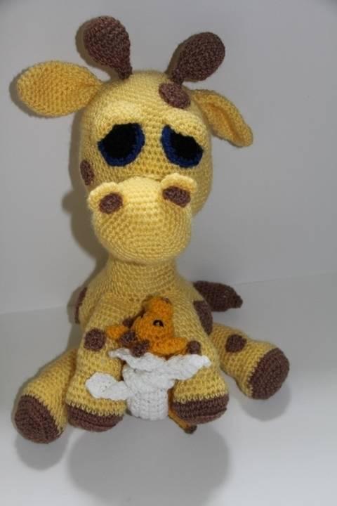 Häkelanleitung - Giraffenmama und ihr Baby bei Makerist sofort runterladen
