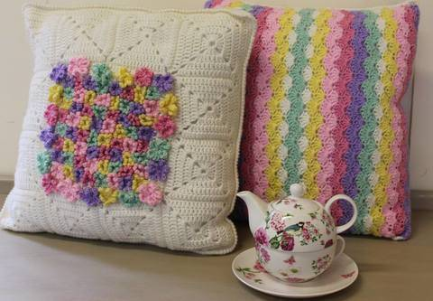 Download Flower and Stripe Crochet Cushion Pattern immediately at Makerist