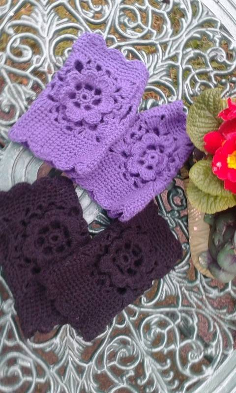 Download Rose Fingerless Crochet Gloves immediately at Makerist