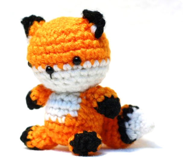 Download Tiny Fox Amigurumi Crochet Pattern - Crochet Patterns immediately at Makerist