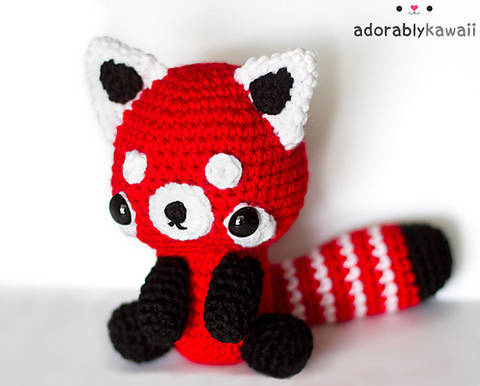 Download Red Panda Amigurumi Crochet Pattern immediately at Makerist