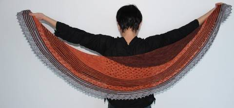Capucine shawl (en) bei Makerist sofort runterladen