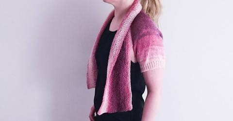 Download Versatile Miss Carter Shrug Knitting pattern immediately at Makerist