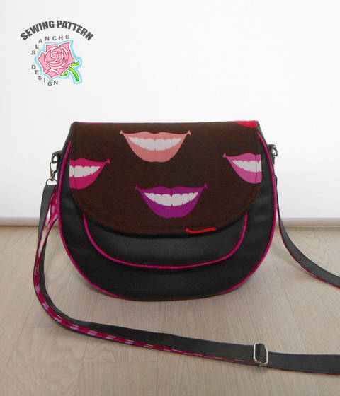 Download Crossbody Saddle Bag Pattern immediately at Makerist