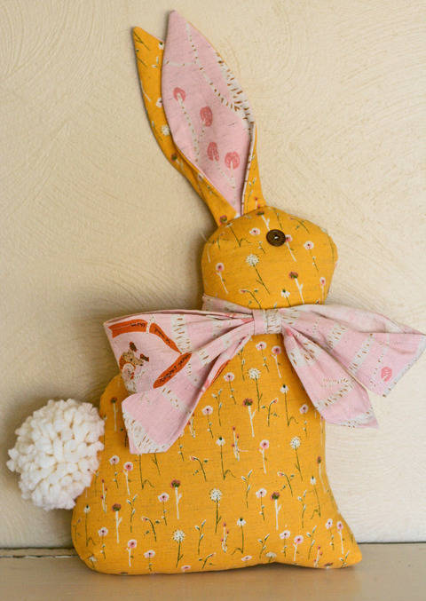 Download Modern Folksy Bunny & Kitty PDF Sewing Pattern immediately at Makerist