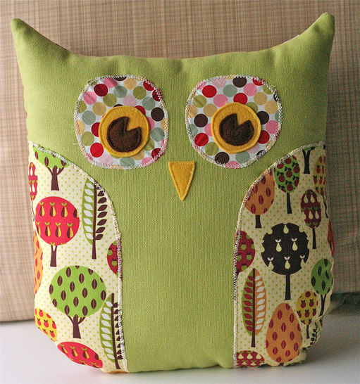 Download Lola Owl Pillow and Tote Bag PDF Sewing Pattern - Sewing Patterns immediately at Makerist