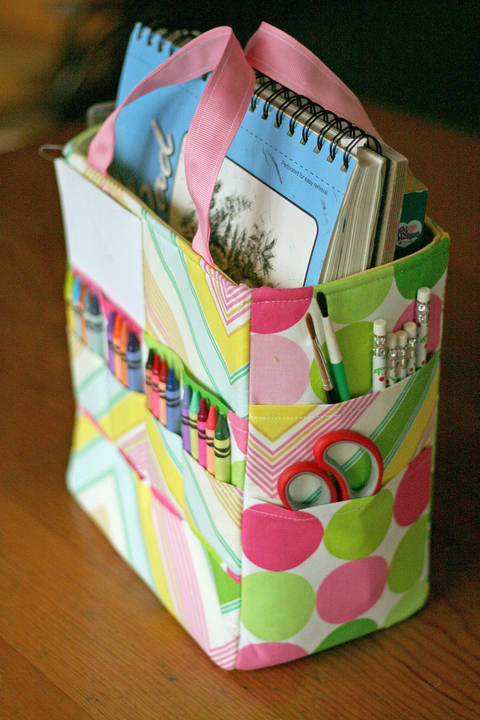 Download Art Caddy Tote PDF Sewing Pattern immediately at Makerist