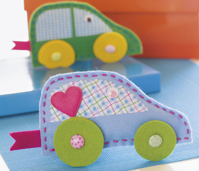 Fröhlich-buntes Spielauto Nähanleitung mit Schnittmuster - Nähanleitungen bei Makerist sofort runterladen