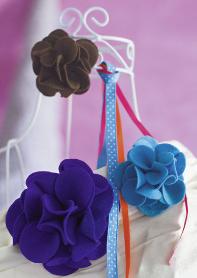 Zauberhafte Blütenbroschen Nähanleitung mit Schnittmuster - Nähanleitungen bei Makerist sofort runterladen