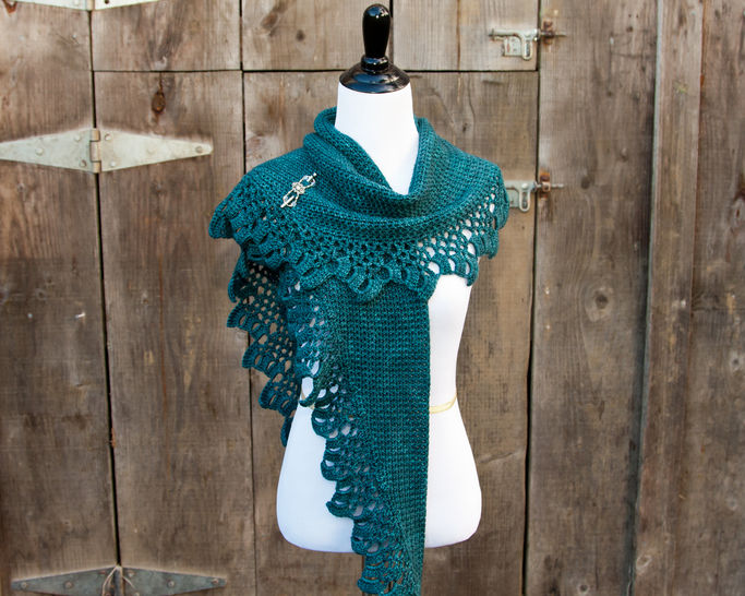 Download Topelt Shawl - Crochet Patterns immediately at Makerist