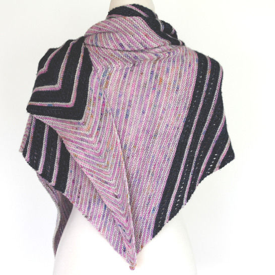 Download Merinda Shawl - Knitting Patterns immediately at Makerist