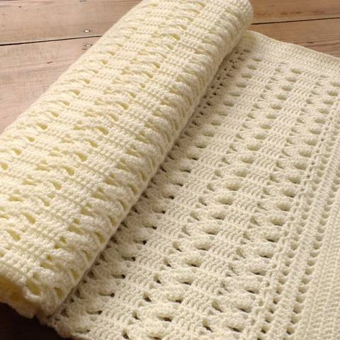 Download The Zigzag Crochet Baby Blanket  immediately at Makerist