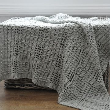 Download Silver Squares Crochet Baby Blanket  - Crochet Patterns immediately at Makerist