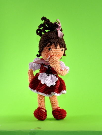 Download doll Lisa crochet pattern - Crochet Patterns immediately at Makerist