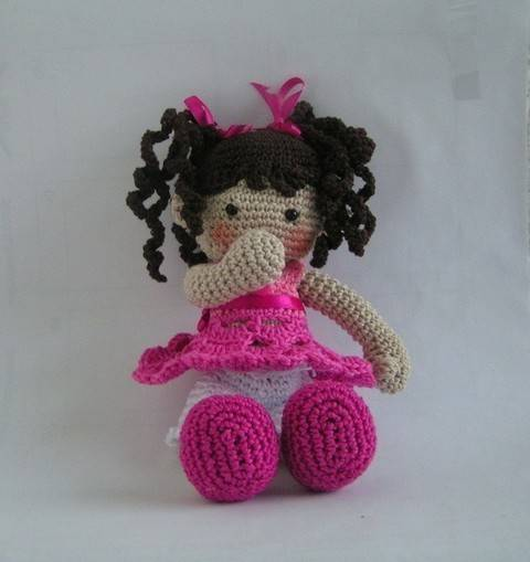 Download doll Susi crochet pattern immediately at Makerist