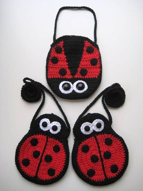Download Crochet bags, Two Ladybirds Mummy and Baby, Pattern No6, in both UK and US crochet terms immediately at Makerist