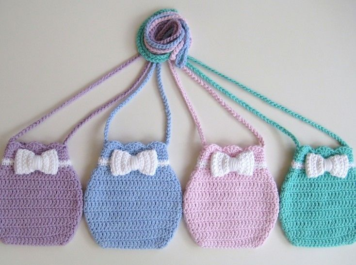 Download Crochet bag, Bow bag, Pattern No16, in both UK and US crochet terms - Crochet Patterns immediately at Makerist