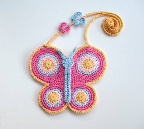 Download Crochet bag, Butterfly bag, Pattern No20, in both UK and US crochet terms immediately at Makerist