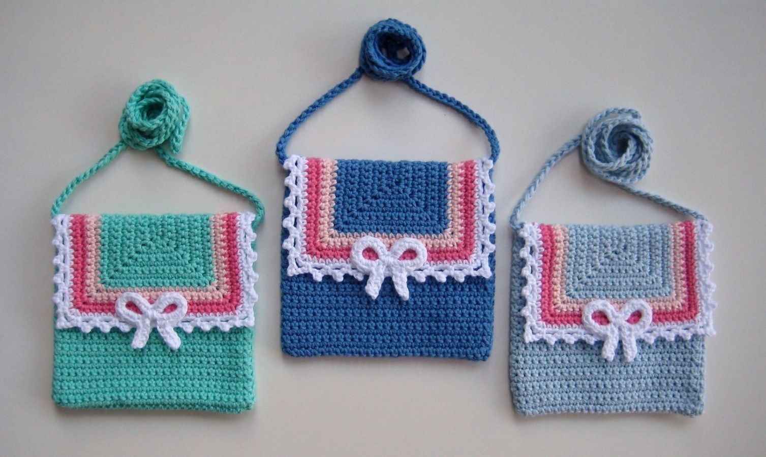 Crochet bag, Lace and Bow bag, Pattern No22, in both UK and US ...