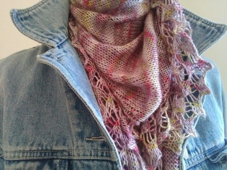 Download Peony Jam Shawl - Knitting Patterns immediately at Makerist