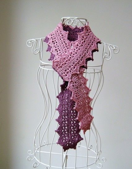 Download Crochet scarf, Two-tone lace scarf, Pattern No10, in both UK and US crochet terms - Crochet Patterns immediately at Makerist