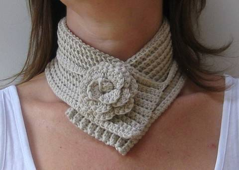 Download Crochet scarf, Flower neckwrap, Pattern No11, in both UK and US crochet terms immediately at Makerist