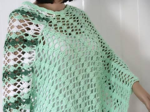 "Download crochet pattern poncho ""spring awakening"", all sizes immediately at Makerist"