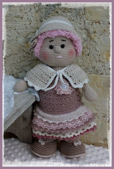 Download Fantine, the romantic doll - Crochet Patterns immediately at Makerist