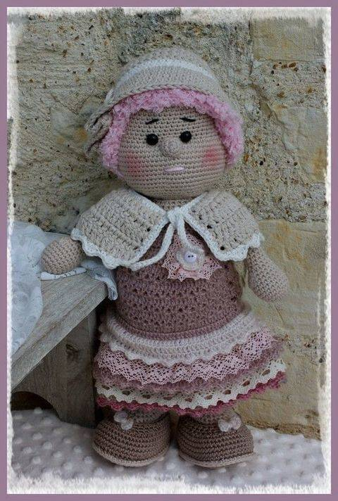 Download Fantine, the romantic doll immediately at Makerist
