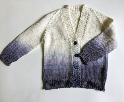 Download Ombre Baby Cardigan - Knitting Patterns immediately at Makerist
