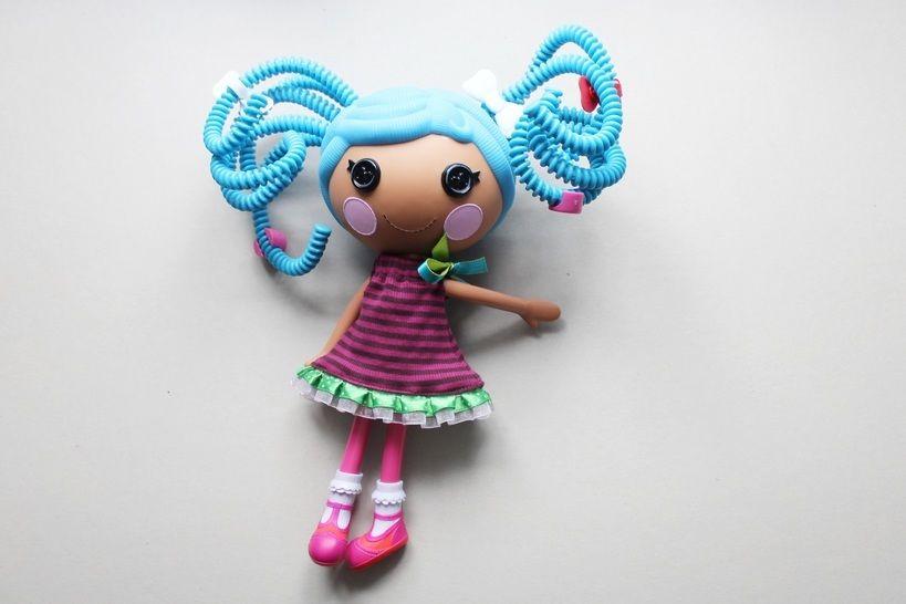 """Freebook für Puppenkleid  für 30cm-Puppen """"Lalaloopsy"""" - Nähanleitungen bei Makerist sofort runterladen"""