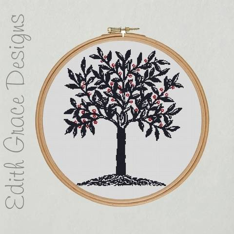 Download Blue Tree Embroidery immediately at Makerist