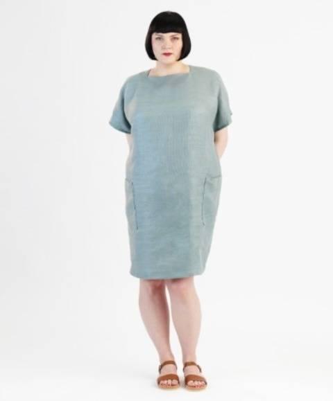 Télécharger Robe Rose pour grandes tailles - Patron de couture avec instruction en Français tout de suite sur Makerist
