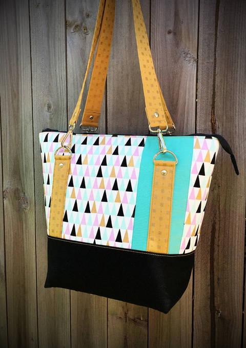 Classic Carryall Handbag & Tote - Tote Bag Sewing Pattern (en) bei Makerist sofort runterladen