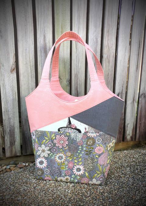 Stand Up & Tote Notice - Tote Bag Sewing Pattern (en) bei Makerist sofort runterladen