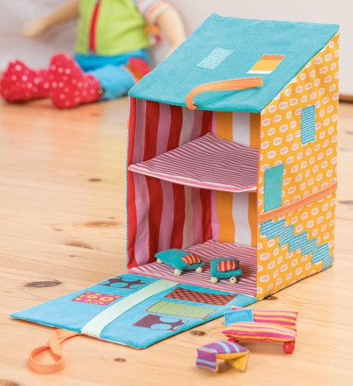 Puppenhaus zum Aufklappen Nähanleitung - Nähanleitungen bei Makerist sofort runterladen