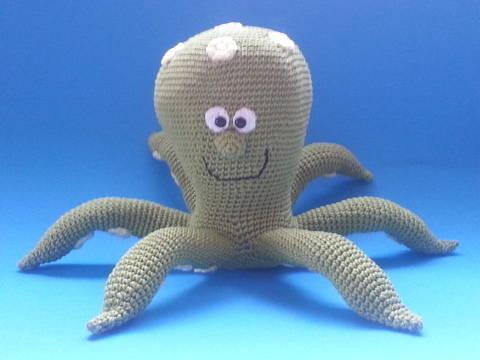 Octopus Oskar - Häkelanleitung bei Makerist sofort runterladen