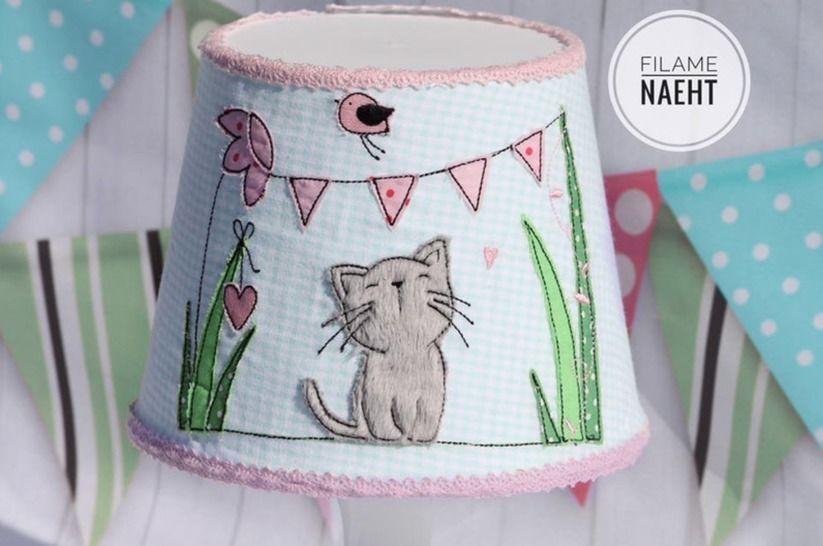 Stickdatei Doodle Katze 13x18 Wiese - Stickdateien bei Makerist sofort runterladen