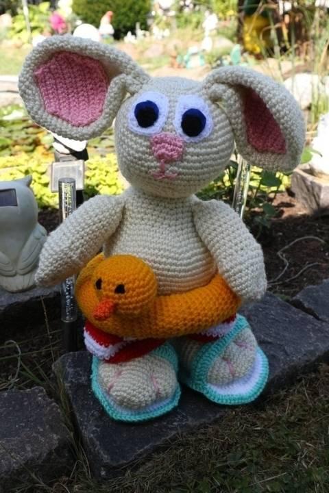 Häkelanleitung - Großer Hase im Badefieber bei Makerist sofort runterladen