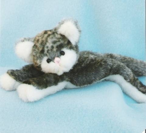 Download Cat Pattern and Instructions for Kitten Little immediately at Makerist