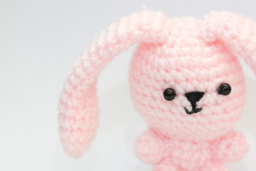 Download Spring bunny crochet pattern - Crochet Patterns immediately at Makerist