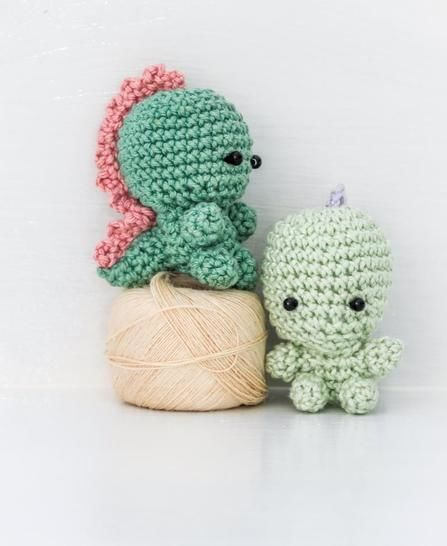 Download Teeny tiny dinosaur amigurumi - Crochet Patterns immediately at Makerist