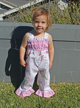 Download Baby Girl Romper sewing pattern PLAYGROUND ROMPER - Sewing Patterns immediately at Makerist