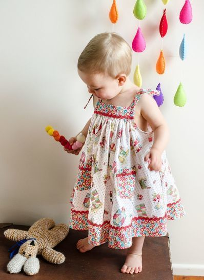 Download Girls Sundress sewing pattern DAISY SUNDRESS - Sewing Patterns immediately at Makerist