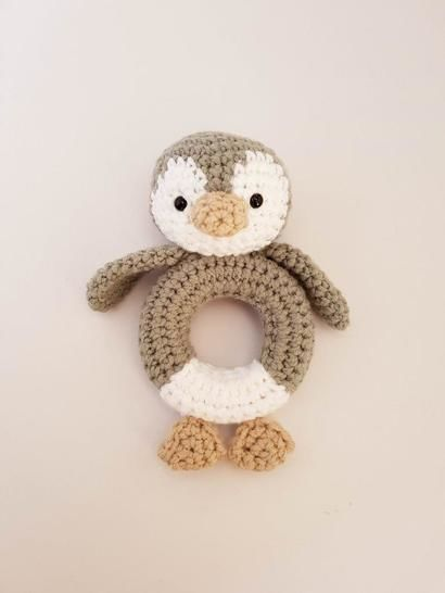 Download Penguin rattle / teether - Crochet Patterns immediately at Makerist